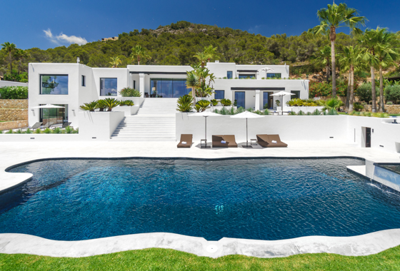 1517226986 garden and pool 2