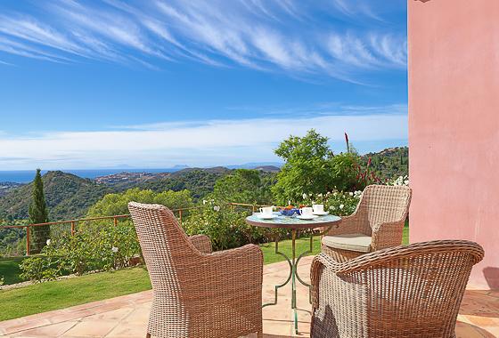 awesome villa Villa Bonita in Benahavís, -
