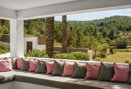 impresionante villa La Fábrica en Ibiza, San Agustín