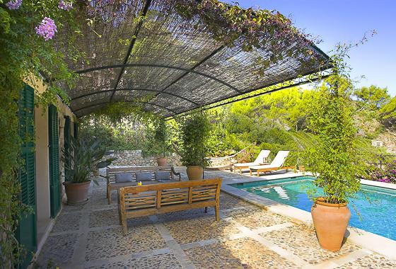 impresionante villa Cala Deia en Mallorca, Deia
